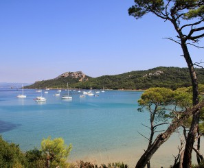 THE VAR, GIENS PENINSULA AND PORQUEROLLES ISLANDS
